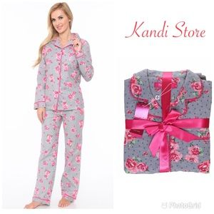 Gray & Rose Floral Pre-Gift Wrapped PJs